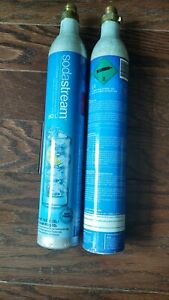 SODASTREAM CO2 CARBONATOR REFILL REUSABLE CYLINDERS UP T0 60L Lot Of Two EMPTY