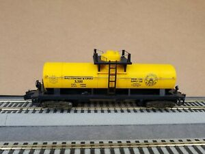 """AMERICAN FLYER S-GAUGE #9102 """"B&O"""" Yellow Diesel 1D TANKER, Mfg by Lionel-1983"""