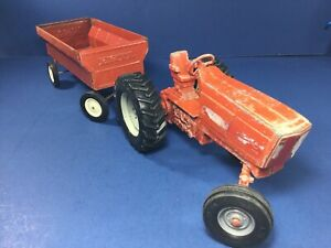 Vintage ERTL International Harvester Die-Cast Metal Tractor & Wagon Farm Set USA