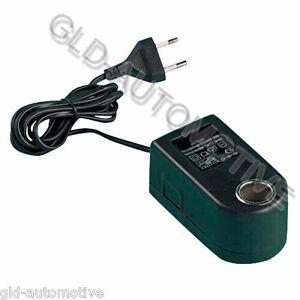 TRASFORMATORE Multipresa Corrente 220 >12 volts Telefoni Tablet Gps - 900mA max