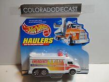 Hot Wheels Haulers White Emergency Metro Response Truck
