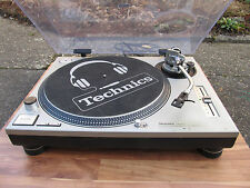 Technics SL 1200 Mk II works top, serviced