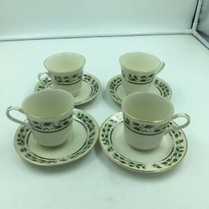 Set of 4 Royal Limited Holly Holiday Coffee / Tea Cup and Saucer Made In Japan