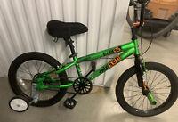 """Avigo 18"""" One Eight BMX Boy's Bike Green"""