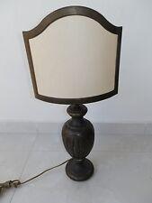 Lámpara de mesa de latón pulido macizo con ventilador un pergamino