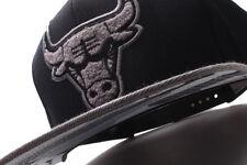 Chicago Bulls Mitchell & Ness (VS43Z FAS A 5BULLS) Grey Silver Adjustable Snapba