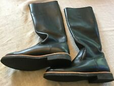 Women's Roots boots black size 8.5, new