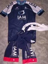 Cuore TEAM IAM Scott Aero Jersey (camiseta) & Bib shorts (pantalones) talla m