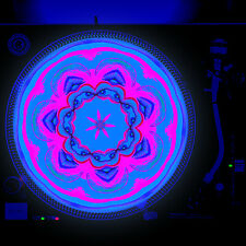 Dj Turntable Slipmat 12 inch Glow under Blacklight - Juicy Lips