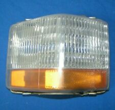1990-92 CADILLAC BROUGHAM RIGHT PASS. SIDE FRONT CORNER MARKER LIGHT TURN SIGNAL
