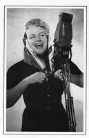 Postcard Nostalgia 1950 GRACIE FIELDS Sally Sally Pride of Our alley Repro Card