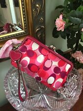 Coach Wristlet Bag Cosmetic Scarf Print Framed Kisslock Heart Clutch B16