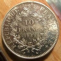 1965 FRANCE 10 FRANCS SILVER COIN NICE ABOUT UNCIRCULATED KM-932 WITH .7234 ASW