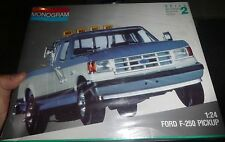 MONOGRAM FORD F-250 PICKUP TRUCK 1/24 Model Car Mountain KIT fs