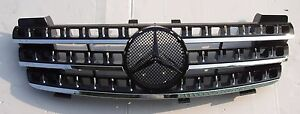 Front Grille Chrome-Black For Mercedes Benz W164 '06-'08 ML-Class W/Emblem