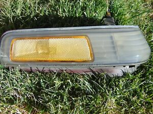 86-89 Honda Accord Front Corner Turn Signal Marker Light RH Passengers Tested