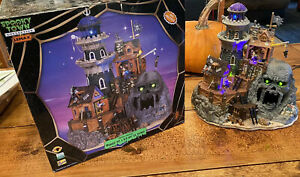 Lemax Spooky Town Isle Of Doom Lighthouse With Box Lights & Sounds 2006 #65362