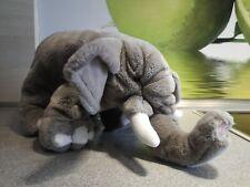 Stofftier Elefant grau