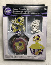 """WILTON 24 HALLOWEEN CUPCAKE """"ZOMBIE"""" DECORATING KIT/ PRE OWNED NEVER OPENED"""