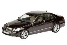 Schuco Auto-& Verkehrsmodelle mit Pkw-Fahrzeugtyp aus Weißmetall