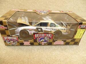 1998 Racing Champions 1:24 Gold NASCAR Hut Stricklin Circuit City Chevy #8 HO a