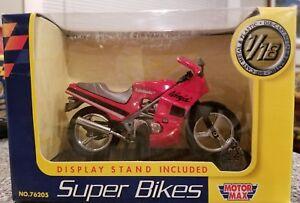 MotorMax Kawasaki Ninja Super Bike  1:18 Scale