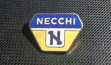 Necchi Brosche emailliert 26x18mm gestempelt Leichtkrafträder Italien 1951-1953