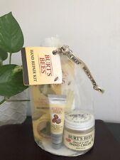 BURT'S BEES Hand Repair Kit 4 Piece Set Gloves Lemon Cuticle Almond Milk Cream
