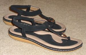 Cute Strappy Sandals/Thongs Suede Black w/Buckle Accent Women's Size 9/40 New!