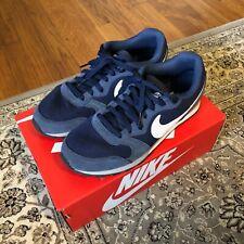 Nike MD Runner 2 Midnight Navy / White US 8.5