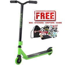 Xootz Stunt V2 Black Green Y Bar Stunt Scooter