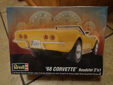 2008 REVELL--'68 CORVETTE ROADSTER 2' n 1--MODEL KIT (NEW) 1:25 SCALE