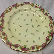 ROYAL ALBERT OLD COUNTRY ROSES RUBY CELEBRATION YELLOW ROSEBUD SALAD PLATE 8 1/4