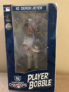 NEW YORK YANKEES DEREK JETER 2009 World Series Trophy Forever Bobble Head