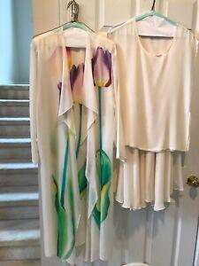 Vintage Yolanda Lorente 4-piece ivory set Silk HandPainted, some stains