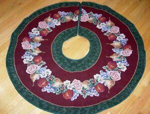 "Victorian Christmas 44"" Round Tapestry Tree Skirt"