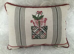 Vintage Linen Christmas Tea Towel Throw Pillow w Waverly Garnet Gingham Check