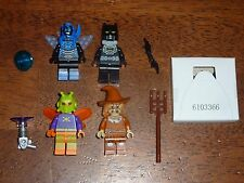 LEGO DC Comics Super Heroes 76054 Batman Scarecrow Killer Moth Blue Beetle lot