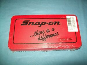 NEW Snap-on™ TDM117A 41-piece 3 to 12 mm NF / NC METRIC Tap and Die Set SEALed