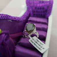 Stunning Labradorite Ring in Sterling Silver