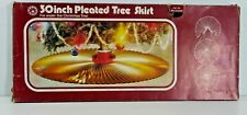 """🎄🎅 RETRO PERIOD 30"""" PLEATED SILVER HOLLY CHRISTMAS DECORATION TREE SKIRT H61"""
