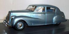 Matrix 1/43 Scale resin - MX42101-021 Austin A135 Princess II DS3 VP 1960 blue