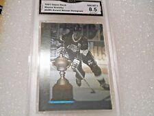 Wayne Gretzky GRADED CARD!! 1991/92 Upper Deck #AW6 Hologram Insert HOFer! 8.5X1