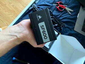 Corsair SF Series SF600 - 600 Watt 80 PLUS Platinum