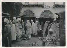 BISKRA c. 1935 - Algériens au Marché  Wilaya de Biskra Algérie - P 630