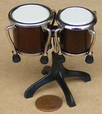 Échelle 1:12 Saxophone Ténor /& Black Case tumdee maison de poupées instrument musique 549