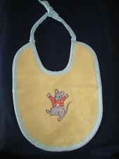 Bavoir bébé brodé souris en coton 26 X 21 cm avec cordon pour attache