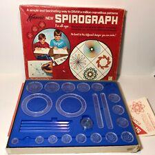 Vintage Kenner Spirograph Set Azul Bandeja 1967 Versión Falta Dos Ruedas y Pens
