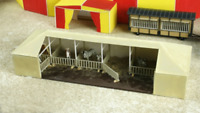 Luetke 73462 Z Scale Circus Animal Side Show Corral Tent Kit *NEW