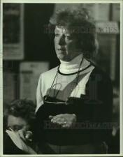 1986 Press Photo Clay, New York Resident Maureen Orzel at Town Hall PCB Meeting